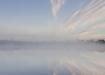 Udune hommik järvel